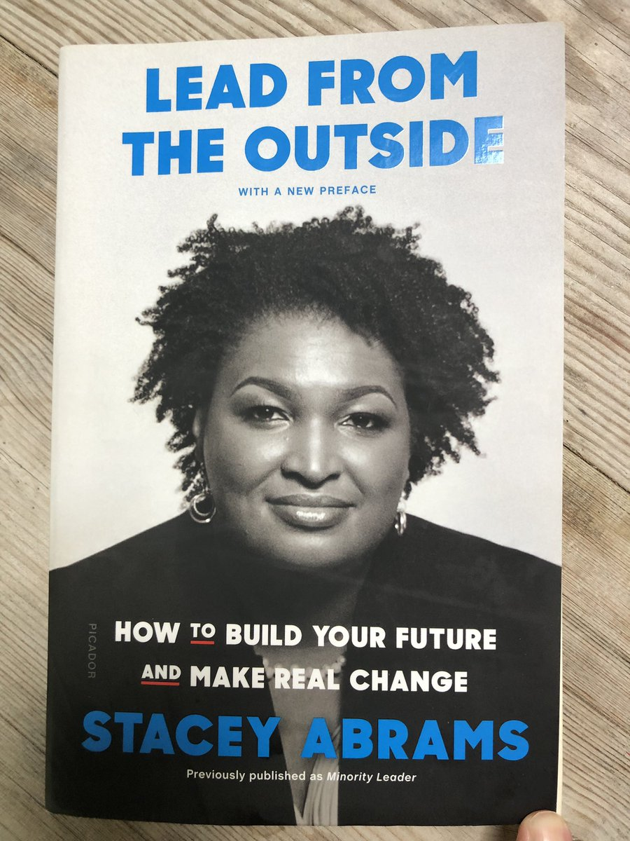 I bought #leadfromtheoutside by @staceyabrams when I was in TX months ago and the salesman gushed that she was the most beautiful person ever. I just finished the book while on vacation on #marthasvineyard and I would one up the beautiful with sharp and savvy. 5⭐️ read.