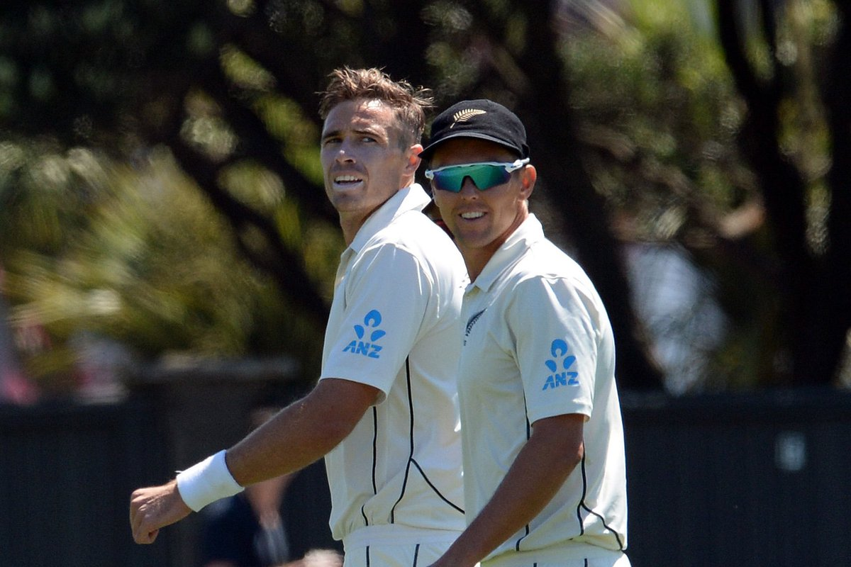 No luck with the new ball for Boult & Southee so the spin of Patel and Somerville is unleashed. Follow live - https://scoring.nzc.nz/livescoring/matched7893b0-b5de-4319-8fe0-a0d18bb7a4f8/scorecard.aspx… #SLvNZ