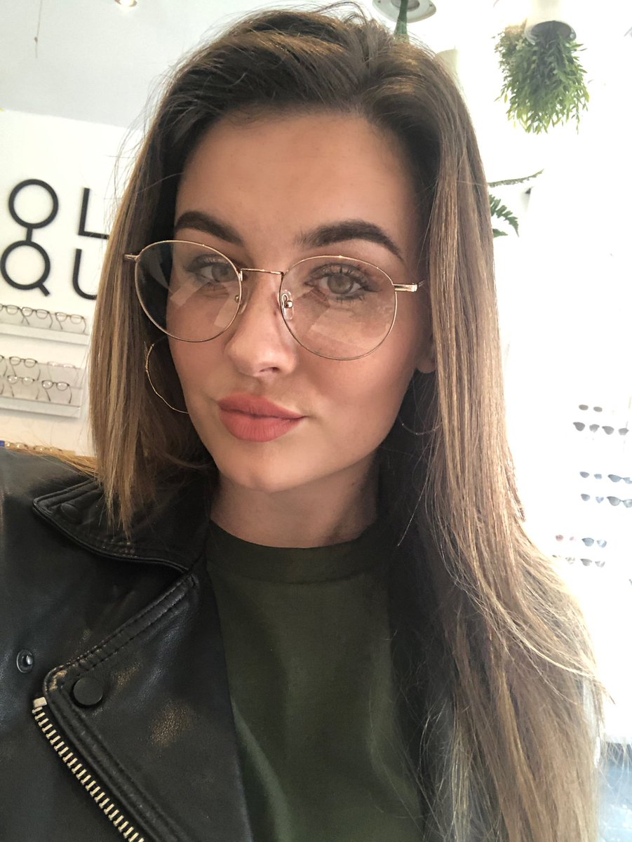 friends fear she's still a hottie in prescription glasses