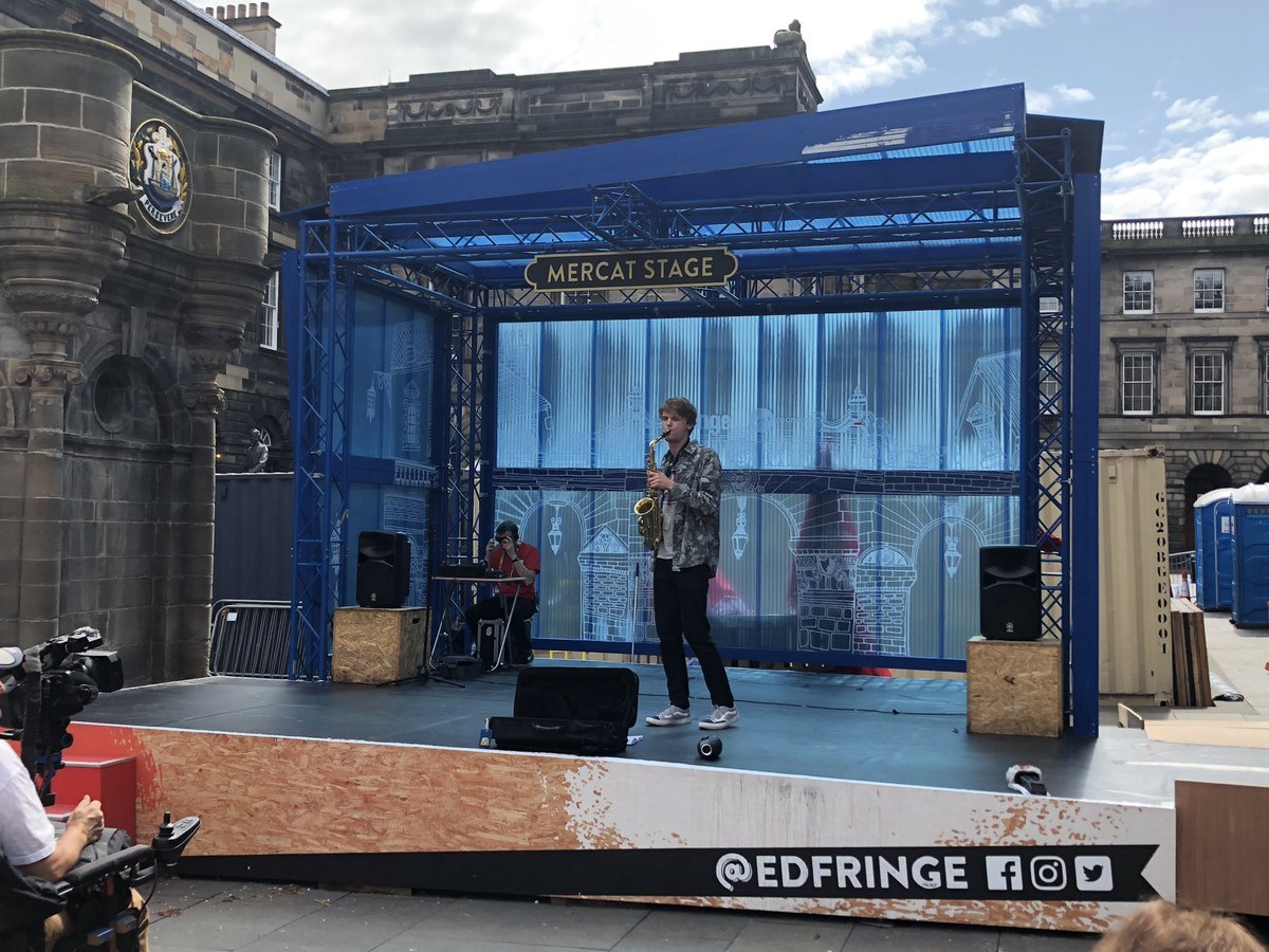 You can #MakeYourFringe by grabbing a seat at the Mercat Stage at the @edfringe Virgin Money Street Events on the Royal Mile and enjoy an eclectic mix of performances. <br>http://pic.twitter.com/F3rxDusHDX