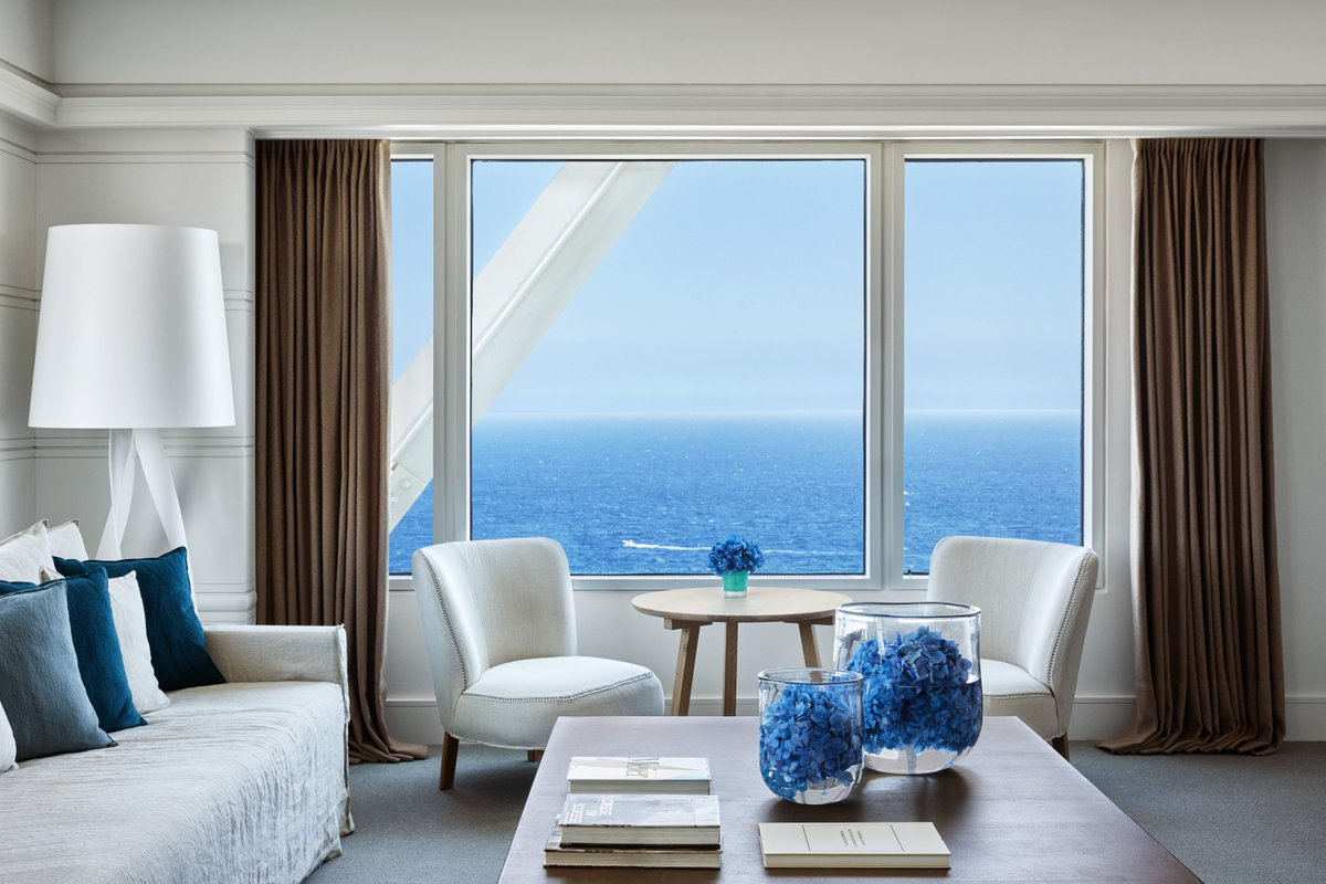 We never get tired of admiring the palette of blues the Mediterranean Suite offers you...  https://t.co/x5ohttovp3 #HotelArtsBarcelona #WhereCityMeetsSea https://t.co/mBUhODUg2R
