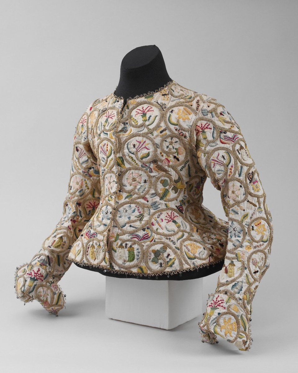 Simply breathtaking... Jacket, ca. 1616, British, The Met.  http:// ow.ly/S8WU50vzn5L     #metmuseum #17thcentury #embroidery #fashionhistory #historicalfashion<br>http://pic.twitter.com/LPd50F5r20