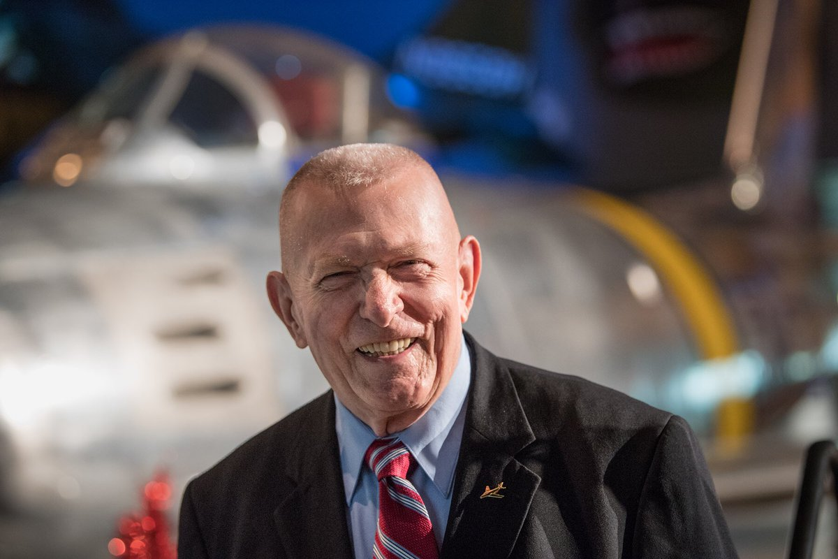 Happy Birthday 86 today! Gene Kranz an American aerospace engineer, a former fighter pilot, and a retired NASA Flight Director and manager. Kranz served as NASA's second Chief Flight Director, directing missions of the Gemini and Apollo programs.  #Apollo50th <br>http://pic.twitter.com/y2lkt9pv8p