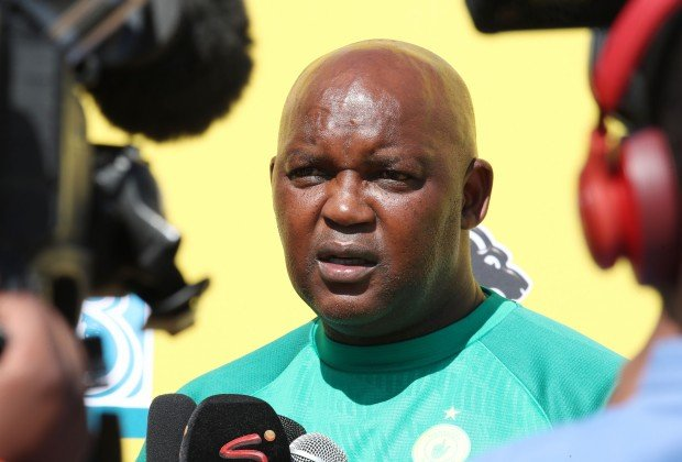 Mamelodi Sundowns coach Pitso Mosimane continues to wait for his new signing to finally get fit and ready for competitive football. bit.ly/2Z6TCcY #KickOff