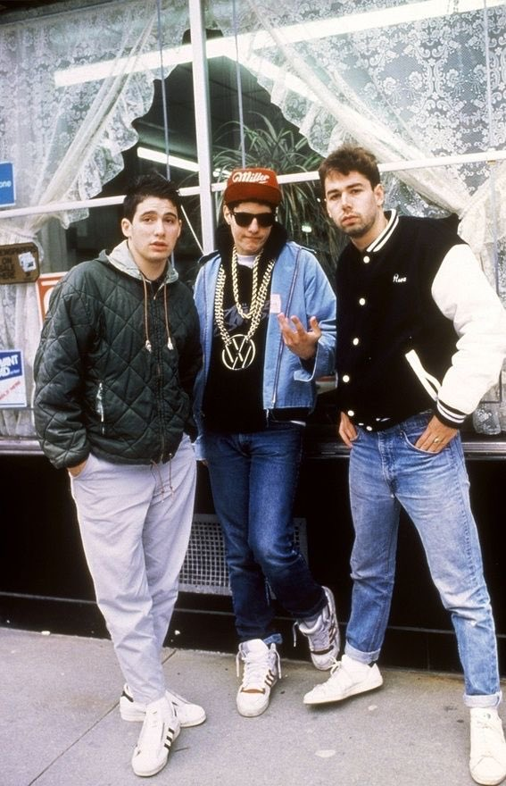 Today at 3PM ET / 12PM PT, @LLCOOLJ interviews the #BeastieBoys Mike D and Ad-Rock for the 30th anniversary of #PaulsBoutique!!! Only on #RockTheBellsSXM Channel 43!!! #SiriusXM #CLASSICHIPHOP #StrictlyforOGs #TIMELESS #BeyondTheStreets<br>http://pic.twitter.com/STt91OQilZ