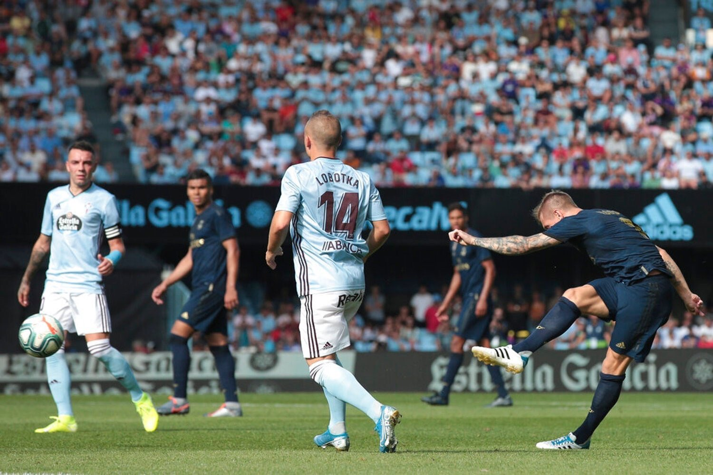 هدف ريال مدريد الثاني في مرمى سيلتا فيجو عن طريق توني كروس