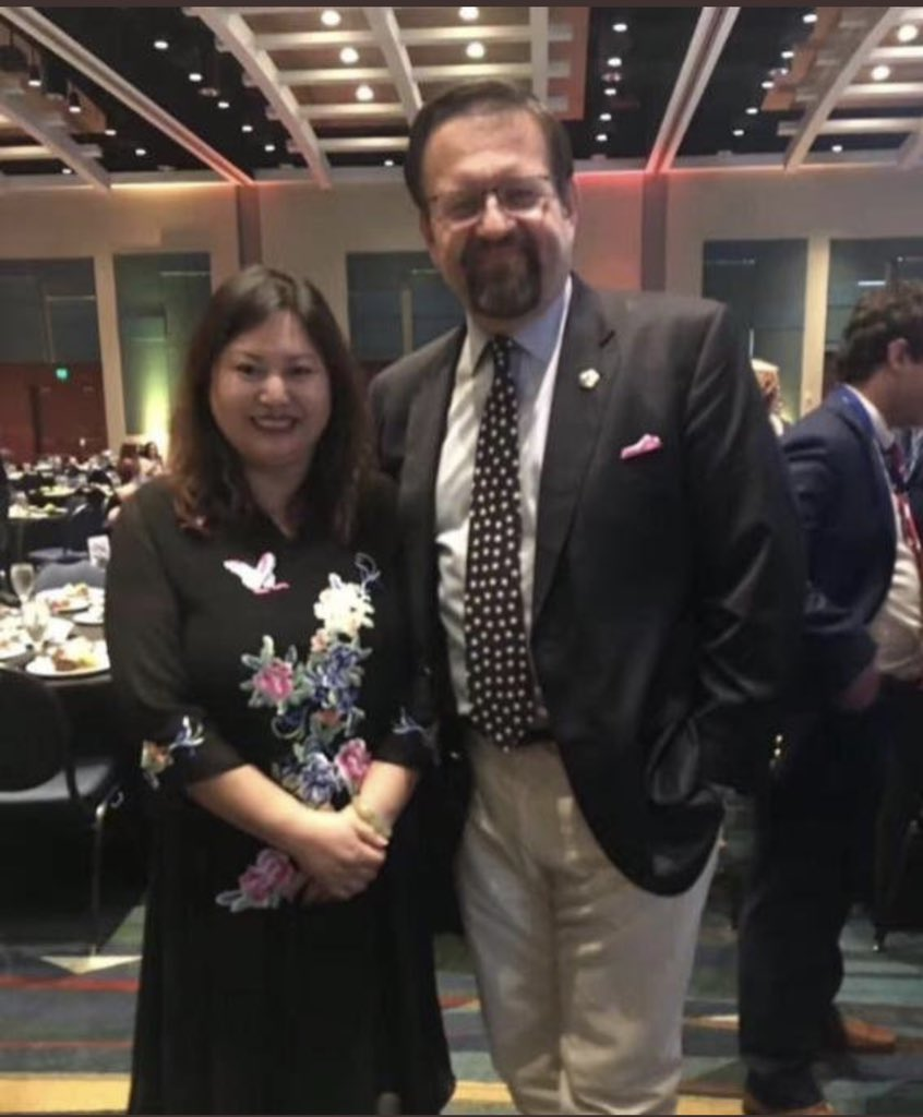 Well, he is compromised like all of you are. Here he is with Cindy sex trafficker. She sold access to Trump and Klan to Chinese spies. <br>http://pic.twitter.com/pSeio4cHd3