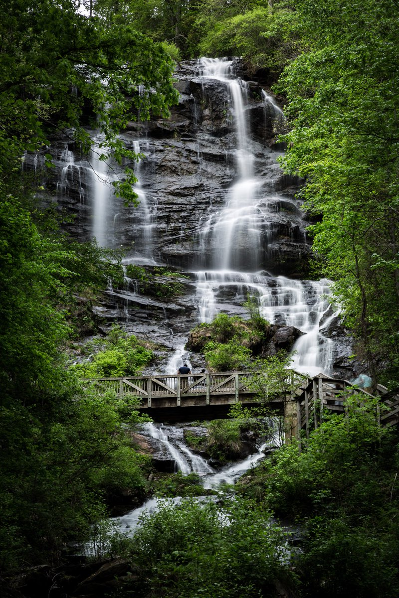 Take only memories, leave only footprints. Anna Ruby Falls is located near Unicoi State Park in White County near Helen, #Georgia - The Peach State. The Anna Ruby Falls Trail is designated a National Recreation Trail in Georgia. #travelUSA🇺🇸