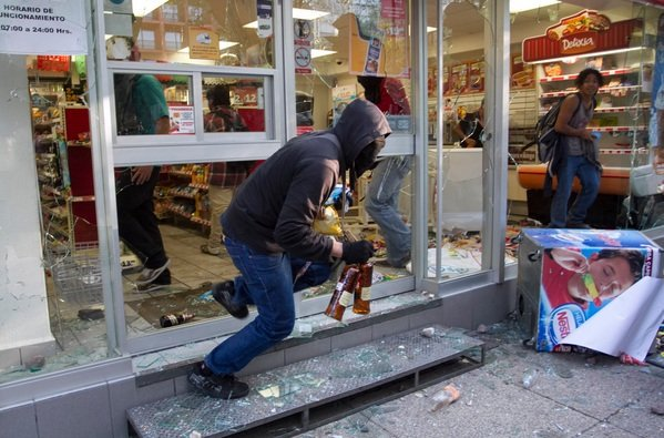 RT @Tinlarin_82: @FerBetancourt9 @memobarba Puro pinchi marxismo cultural, no saben ni para quien trabajan https://t.co/dzIs7HZtSU