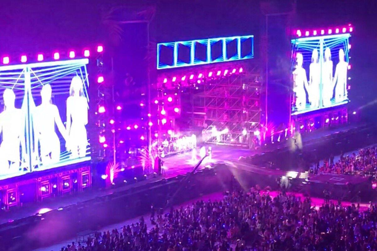 【#BLACKPINK】a-nation 2019 大阪公演‼️BLACKPINKへのアツい応援🔥本当にありがとうございました🖤💗大阪のみなさん、来年1月京セラドームで会いましょう🤗BLACKPINK 2019-2020 WORLD TOUR IN YOUR AREA ➡ ︎#anation #블랙핑크 #JENNIE #JISOO #LISA #ROSÉ #BLINK💘