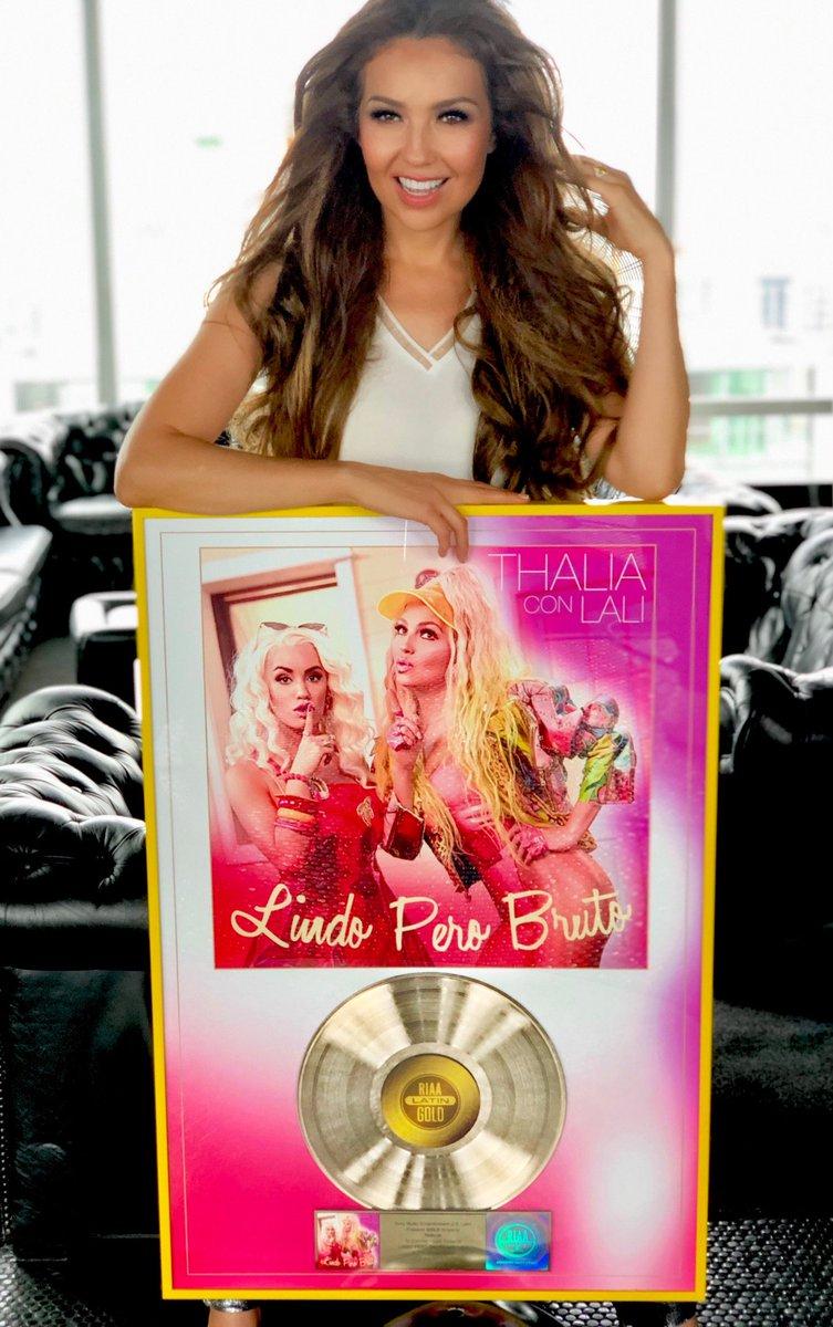 "Thalía >> álbum ""Valiente"" - Página 34 ECLEyQzWkAE2YqL?format=jpg&name=medium"
