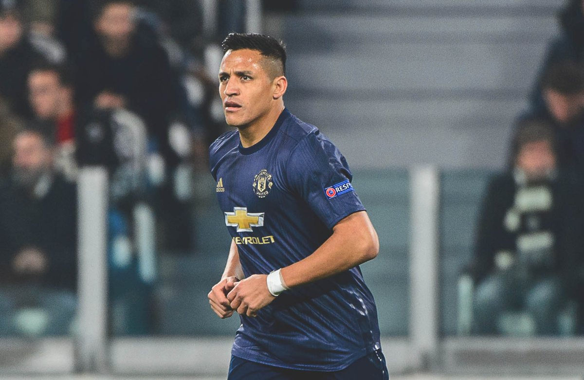 Inter are considering a bid for Man Utds Alexis Sánchez. [Sky Italia]