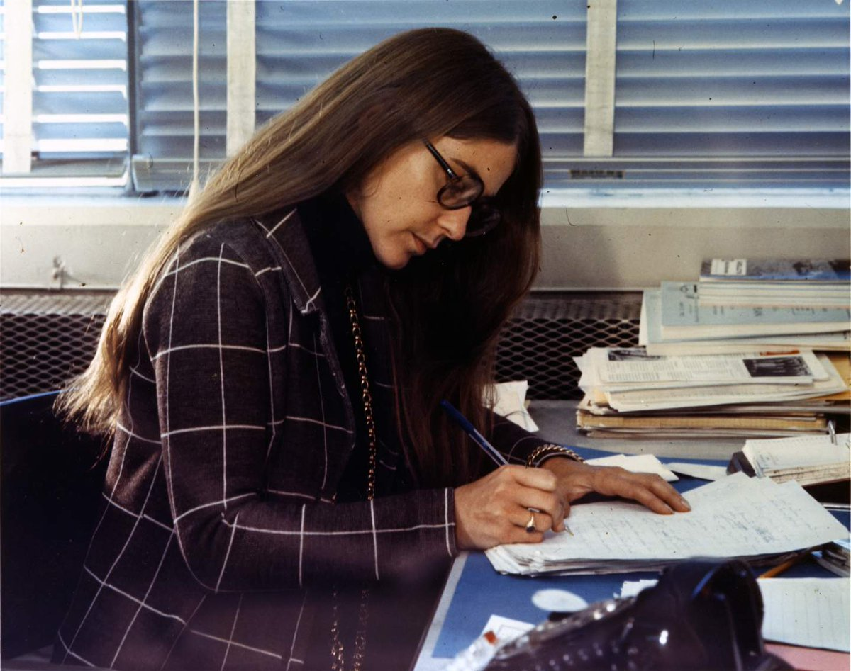 Happy birthday Margaret Hamilton! 🎂 Hamilton wrote the code that brought the #Apollo11 astronauts into space and safely back home again. s.si.edu/2gQ6JdI #BecauseOfHerStory