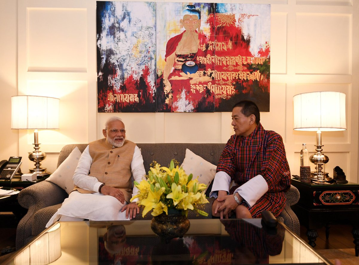 Honoured to have met His Majesty Fourth Druk Gyalpo. He has always been passionate about strong India-Bhutan friendship. I am extremely grateful to him for today's meeting, where we got an opportunity to talk about enhancing the bond between our countries. https://t.co/Uc4HoUhJnY
