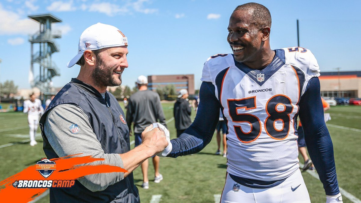 Always good to see old friends. 🤗 #BroncosCamp x #49ersCamp