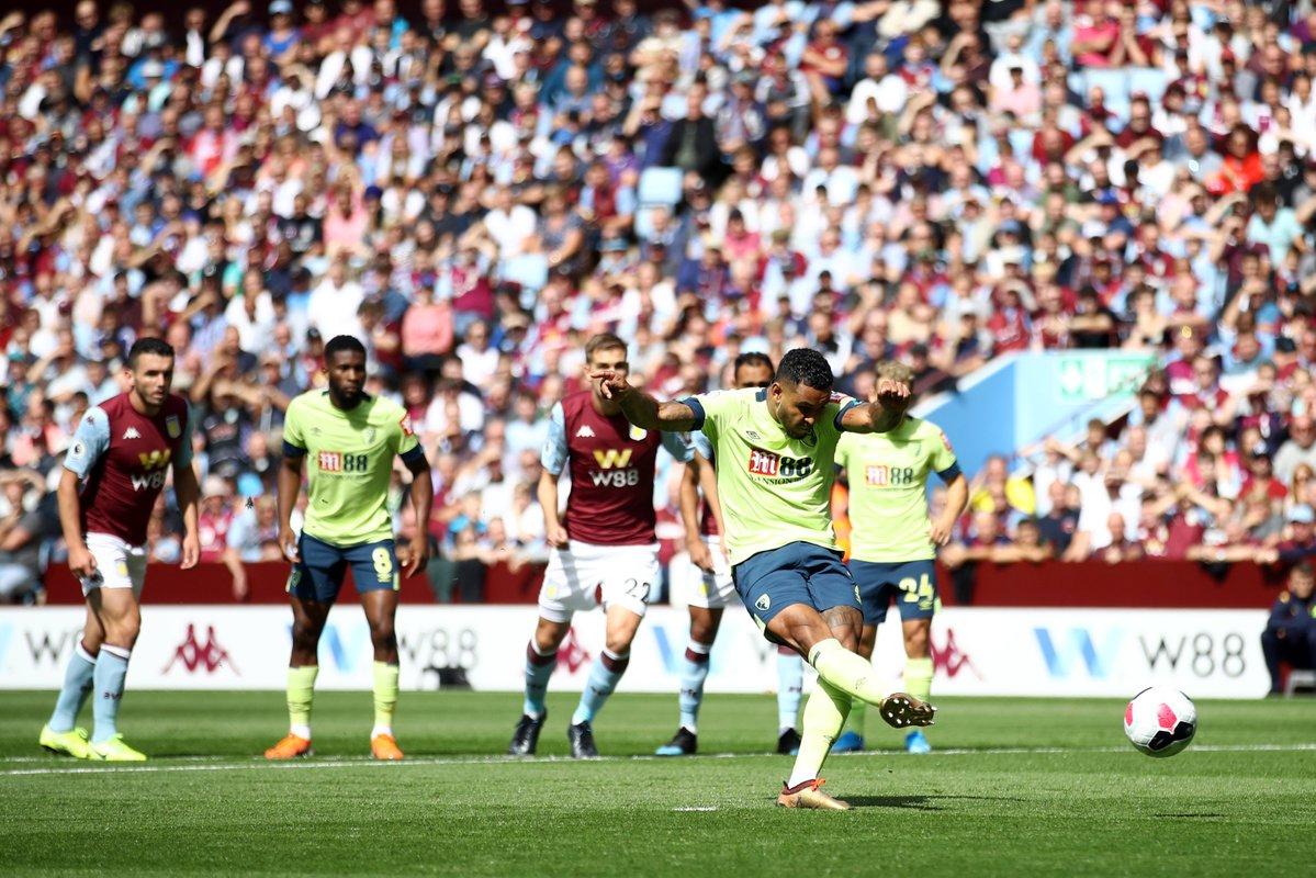 Half time scores: 🔴 Aston Villa 0-2 Bournemouth 🍒 🔵 Brighton 0-0 West Ham ⚒ 🔵 Everton 1-0 Watford 🐝 🔶 Norwich 1-0 Newcastle ⚫️ 🔴 Southampton 0-1 Liverpool ⚫️