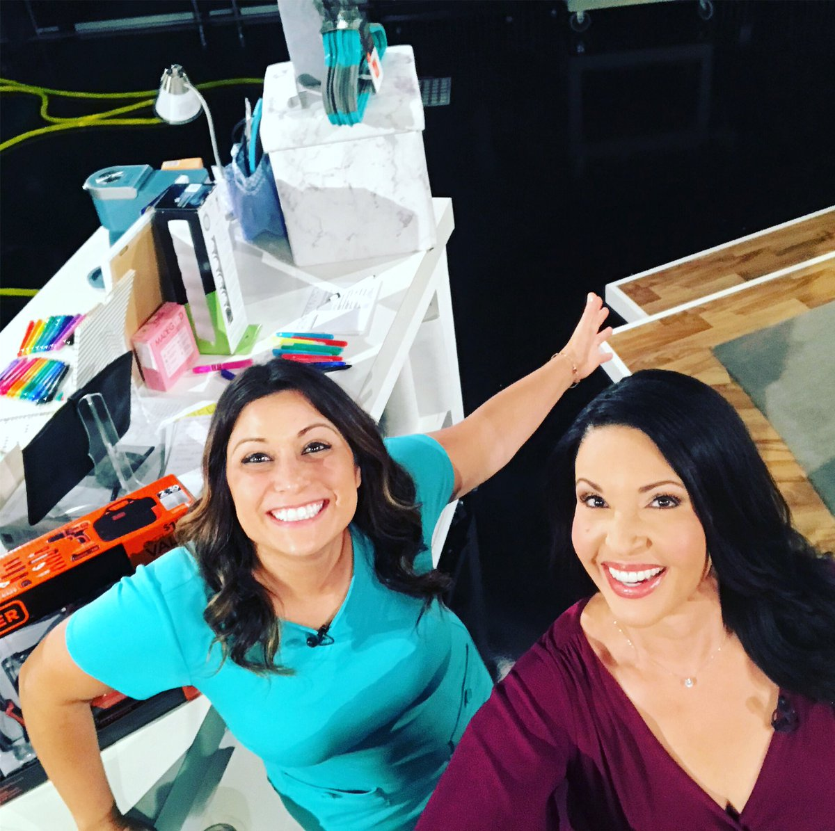 Having fun with lifestyle expert @limorsuss talking about the dorm essentials your college bound student needs. On @cbschicago