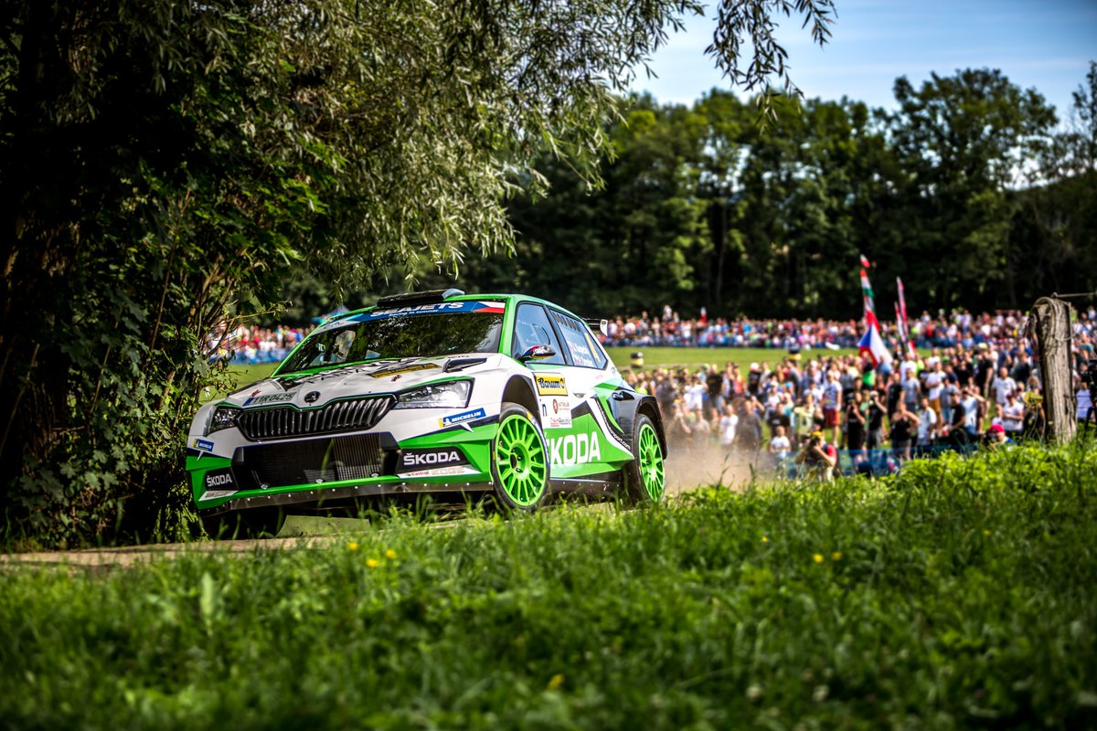ERC: BARUM CZECH RALLY ZLÍN [16-18-2019] ECLiMIxXoAAjSLa