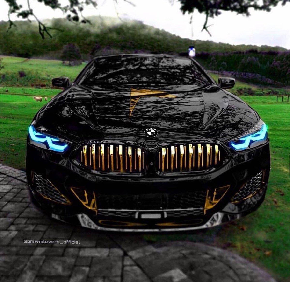 Cool BMW. https://t.co/eooVNh45dn