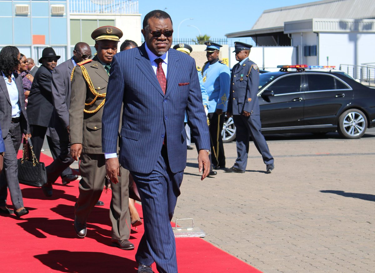 President Hage Geingob landed in Windhoek today to go suspended NBC officials who are responsible for broadcasting his teya. <br>http://pic.twitter.com/0Q0sADPYI8