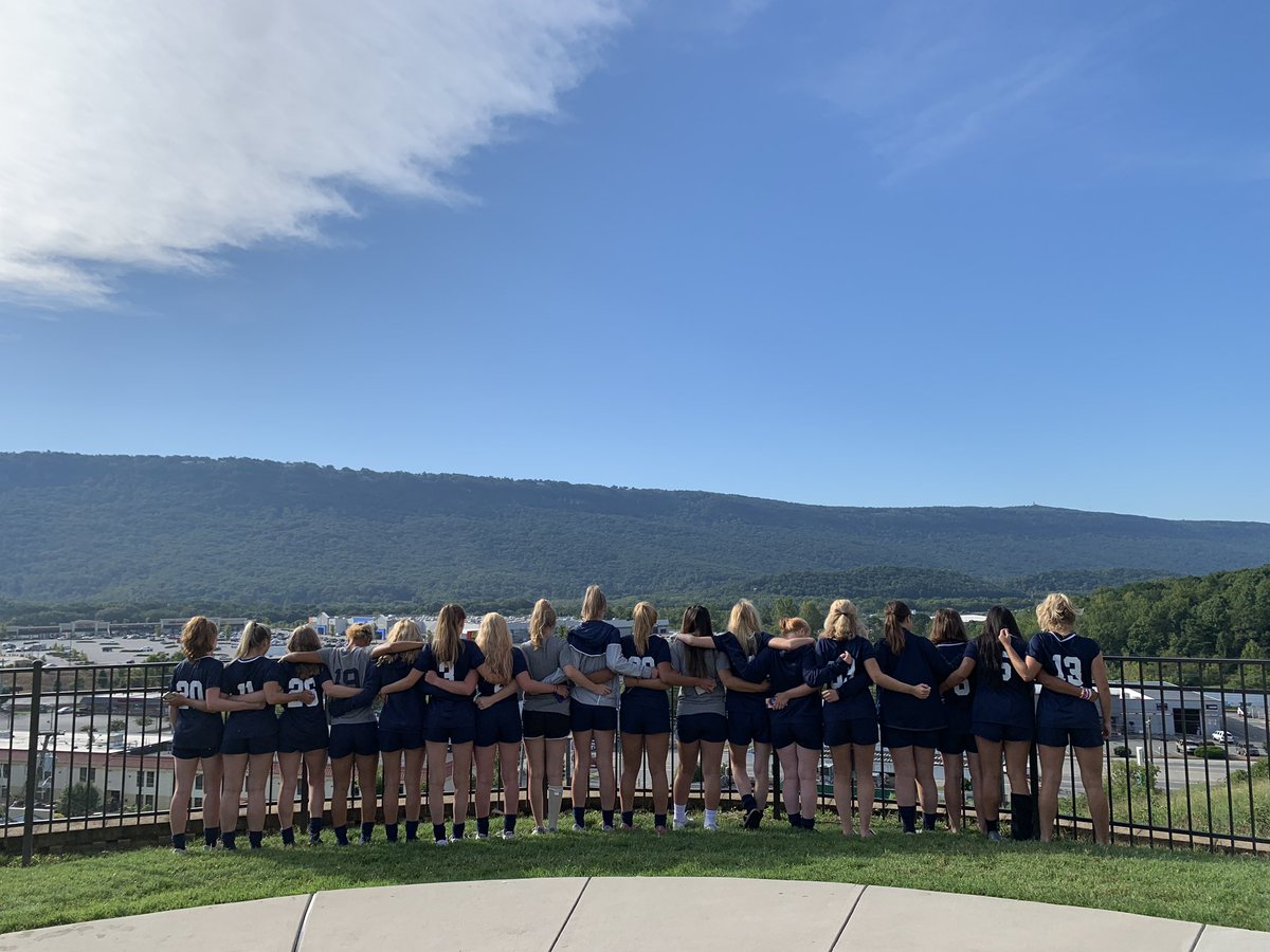 FRA Girls Soccer had a solid weekend in Chattanooga! This crew did WORK - proud of their perseverance and grit. <IntegrityCourageExcellence> #PANTHERPRIDE #frasoccer @FRAathletics
