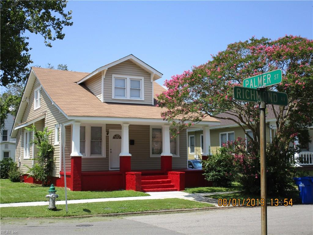 This 4 BD/ 3 BA in Portsmouth MUST be seen. Call, text or direct message me for more info! cpix.me/l/79128212