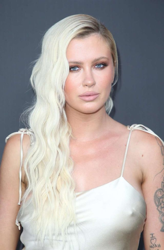 Ireland Baldwin Shines At The #Weedmaps Museum Of Weed Exclusive Preview Celebration - https://t.co/Qnzbmp2WcQ #GoldenDress #Hollywood #IrelandBaldwin #MuseumOfWeed, #Models https://t.co/N8gs2V8B2L