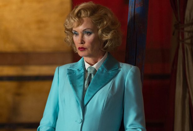 Jessica Lange Ranks Her #AHS Seasons, From Worst to Best tvline.com/2019/08/17/ame…