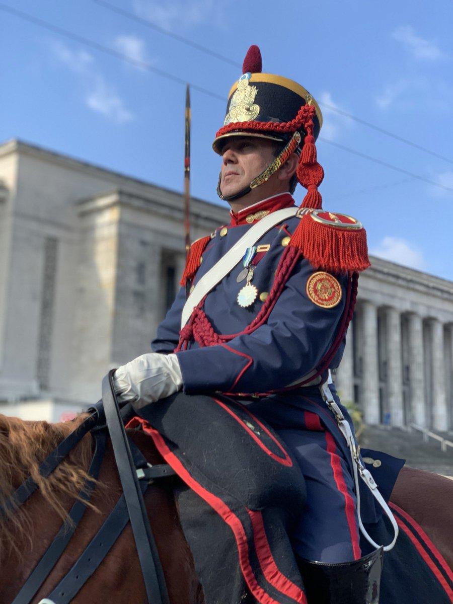 Regresando al Cuartel luego del homenaje al Libertador en la Plaza San Martín por el 169° aniversario de su tránsito a la Gloria 🇦🇷#SemanaSanmartiniana #EsteEsTuEjercito