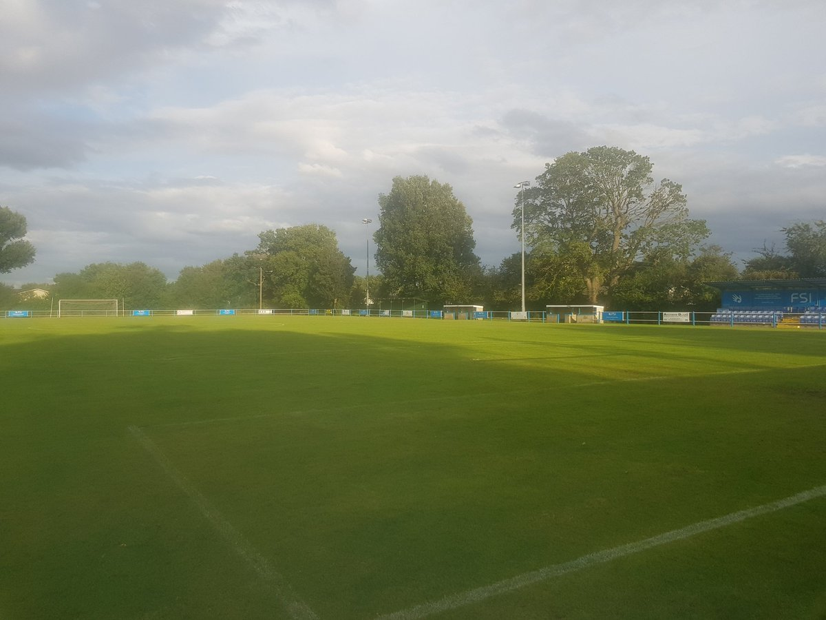 A big win for #SaffronWalden in this #Uttlesford derby, with Leachman the hero. They had chances to win this more comfortably but looked solid at the back, and put a marker down for the season ahead. Not #Takeley's best day, but they'll bounce back. Goodbye from Station Road #ESL<br>http://pic.twitter.com/X8f6yyNrN6