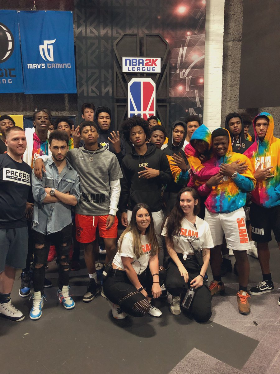 Thanks to @SLAMftw and @SLAMonline for a dope afternoon of hoops on the sticks! #NBA2KLeague