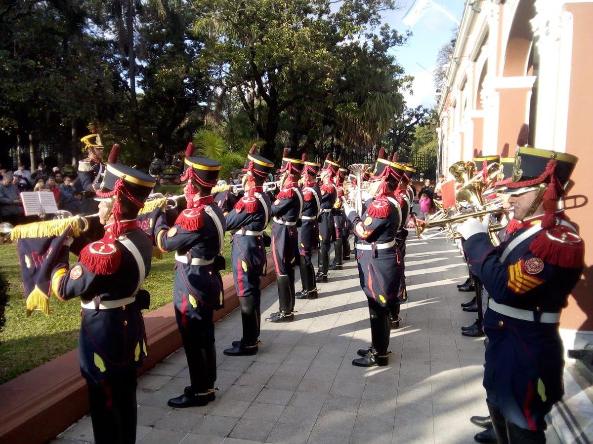 Nuesta Fanfarria Militar se presentó también en el @MuseoHistorico en homenaje al Libertador 🇦🇷 #SemanaSanmartiniana #EsteEsTuEjercito