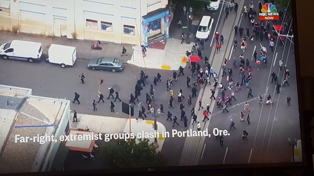 "@allidoisowen Big breaking news: NBC News labels ANTIFA as ""far-right"" #PortlandProtest #MediaLies<br>http://pic.twitter.com/fnz3MPHfqM"