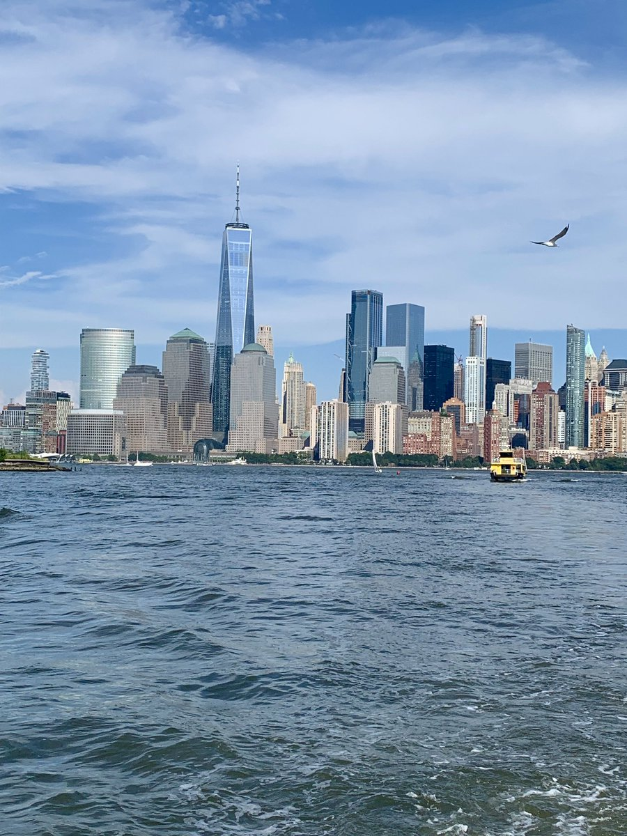 Because any day on the water is a good day... #BeautifulDayInNYC  #HappySaturday <br>http://pic.twitter.com/wWkmMEpHUH