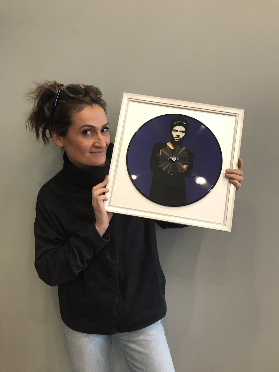 So @CroweDM bought me this OMG OMG OMG #georgemichael record frames and I love him almost as much as I love GEORGE. Thanks Crowie #auspol