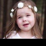 Image for the Tweet beginning: Una niña de 4 años