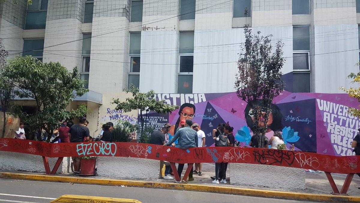 RT @oscarhumb: @fabriziomejia Anarcos y dirigentes son gente becada en UACM https://t.co/yoriPUVfXP