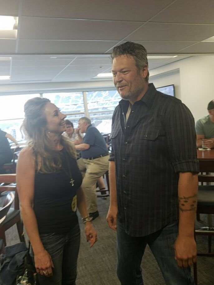 You doing anything after the show the show tonight @blakeshelton? #995qyk<br>http://pic.twitter.com/w3jb5jM8mk