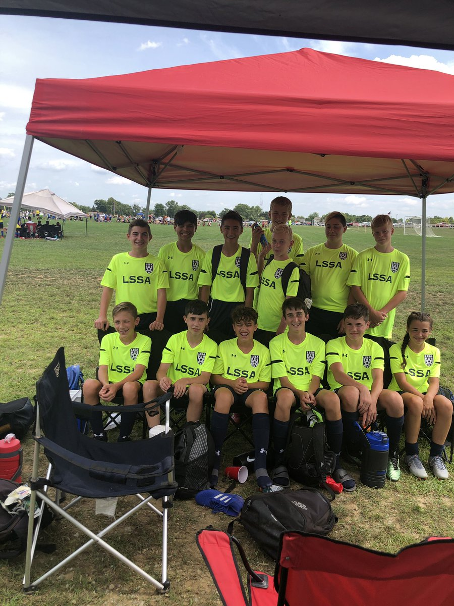 The U15 boys started slow again in the afternoon game and went down early in the first half. 13 min into the game lighting struck and we were able to use that two hour delay to change our tactics and regroup, ending in a 1-1 tie. Back at it again tomorrow morning!! #gounited<br>http://pic.twitter.com/hpjdIedkVb