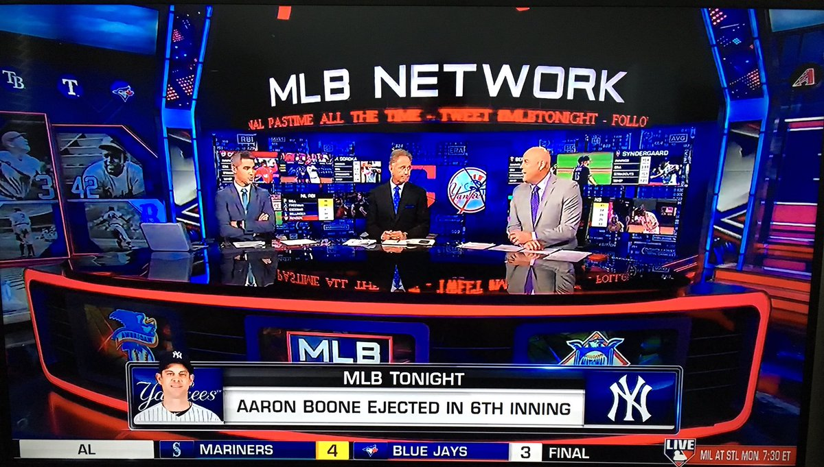On @MLBNetwork right now: It's @StephenNelson hosting #MLBTonight!!