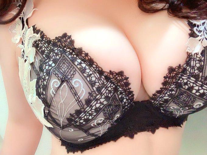 裏垢女子RARA@サルート女子のTwitter自撮りエロ画像15