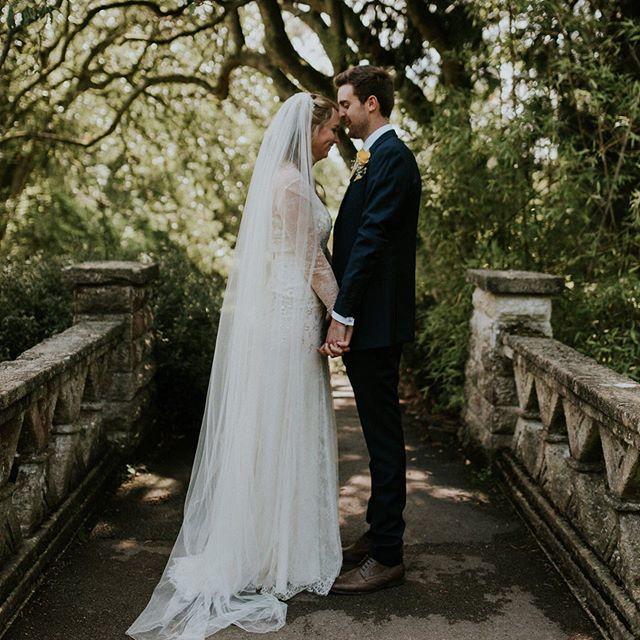Sarah & Tim 🖤  Bath, England....#weddingdress #bridedress #bridaldress #weddingwear #bride #bridehair #hairstyles #weddinghair #weddinginspo #pinterestinspo  #bridalwear  #bridetobe #bride2020 #bride2019 #wedding #wedding  #weddingday #weddingin… https://ift.tt/2ZaCG9y