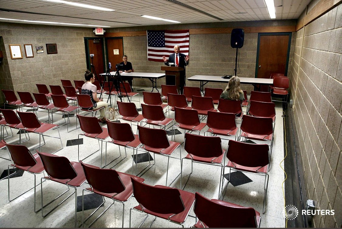 If @SteveKingIA holds a town hall in an auditorium and no one is around to hear him, does he make a sound?