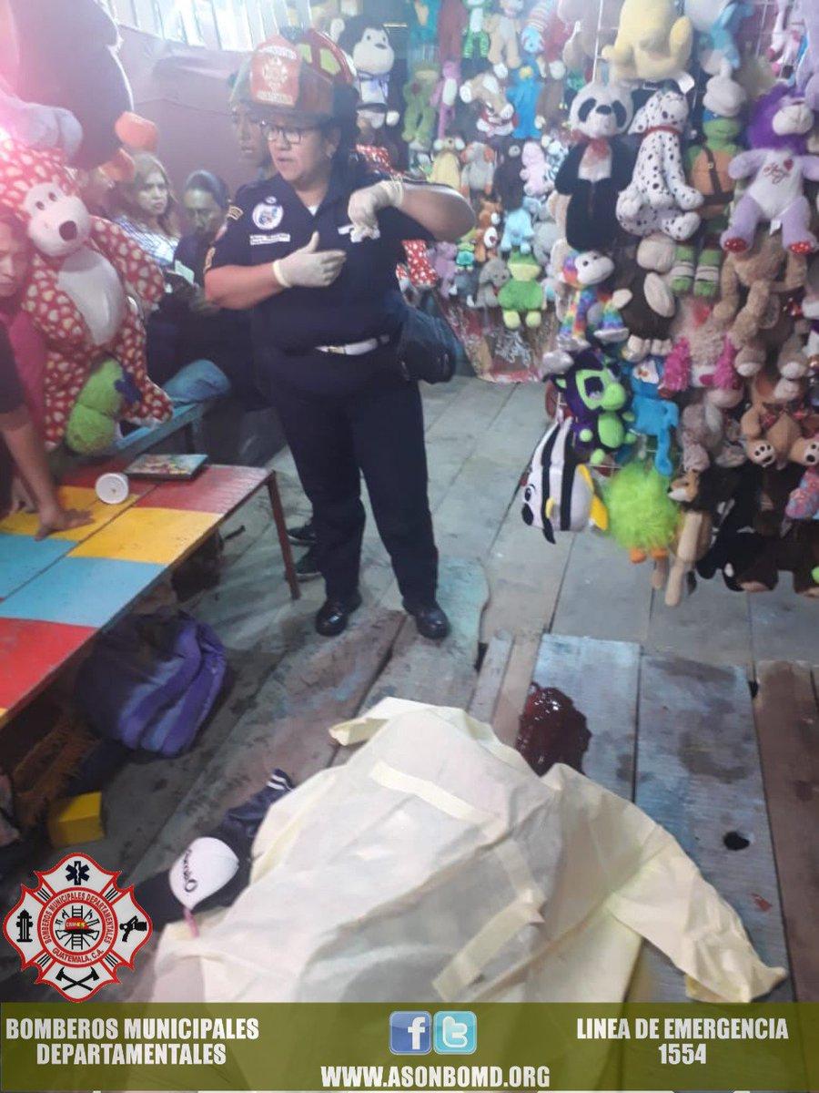 🚨INCIDENTE ARMADO🚨 Colonia Las Fuentes, Ciudad Quetzal, incidente armado en el interior de la feria que se encuentra en el lugar deja 2 personas fallecidas, elementos que se encuentran en el lugar notifican a las autoridades correspondientes. #Emergencias1554