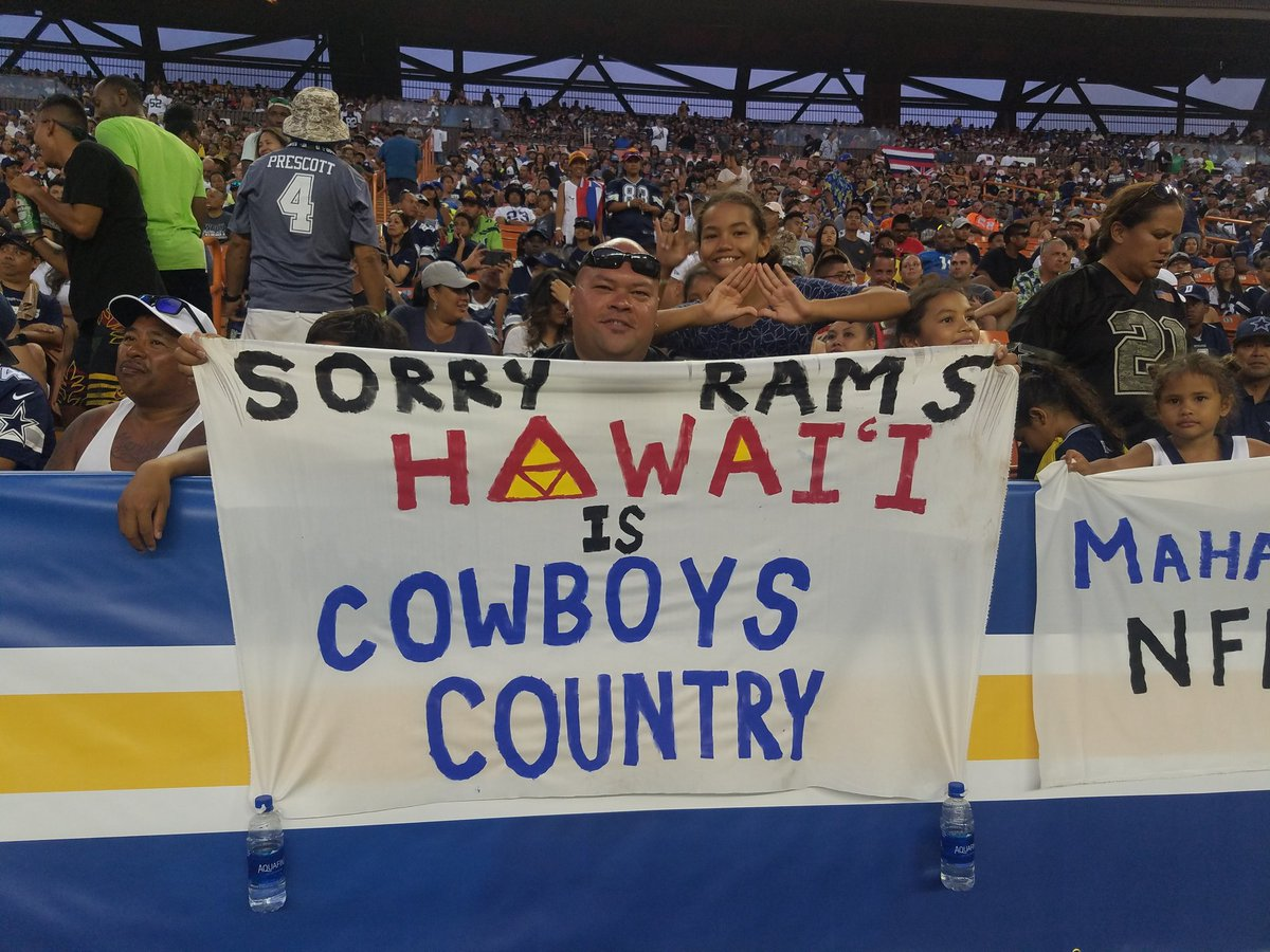 Cowboys fans in Hawaii <br>http://pic.twitter.com/Bai77JU662