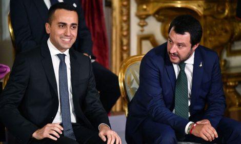 Salvate il soldato Salvini, e pure il soldatino Di Maio - https://t.co/iVBGMsCwKV #blogsicilianotizie