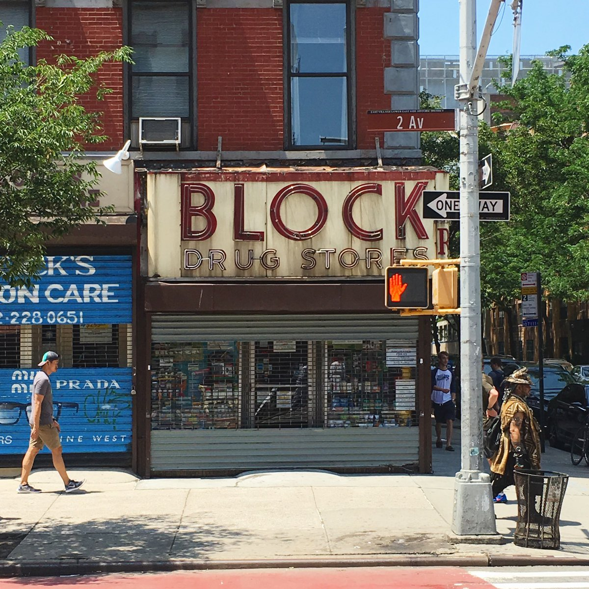 Block Drug Store in New York for #fontsunday @DesignMuseum . #signage #typography #fonts #design #architecture #neon