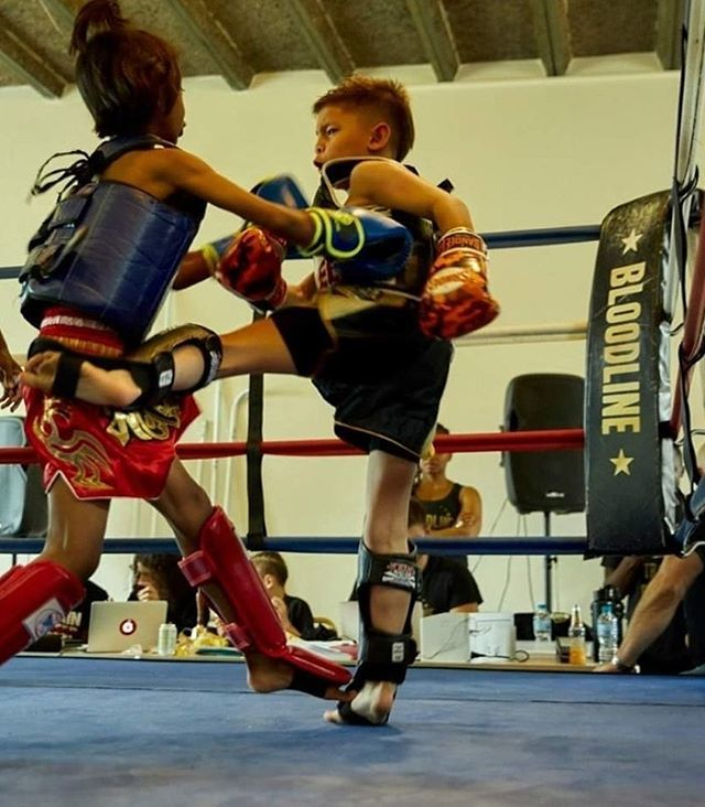 Two young warriors showcasing their talents at our last Interclub. 📸: @amandafordycephoto  #muaythai #activekids #interclub #bloodlinegym #trainhard #minsdet #startyoung #bloodlinegym #bloodlinekids #instafit #activechildren #activekids https://ift.tt/2ZdJvqI