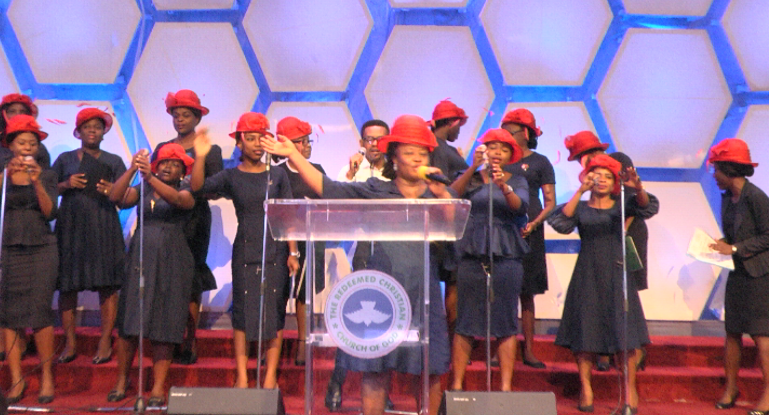 Join us online: Facebook:  http:// facebook.com/rccgtgsp/video s/401849253793323/  …  YouTube:  http:// youtube.com/watch?v=0CGAyV kJ3SY  …   #ClearWaterService #SundayService #RCCGTGSP #FirstSunday #Praise<br>http://pic.twitter.com/U30pvl96qw