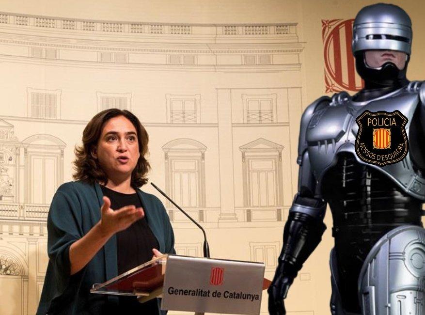Última hora. Para frenar el crimen en Barcelona, Colau presenta de manera oficial a Robocop.
